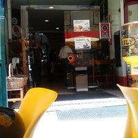 Photo taken at Snack Bar Palmeira by Raimundis M. on 5/20/2013