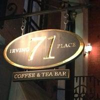 Foto tirada no(a) Irving Farm Coffee Roasters por Karen M. em 5/3/2013
