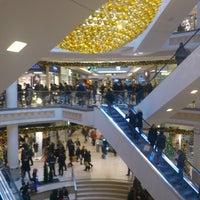 Das Foto wurde bei Einkaufszentrum Limbecker Platz von Frank L. am 12/1/2012 aufgenommen