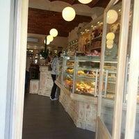 Foto scattata a Caffe Bargioni da David P. il 4/15/2013