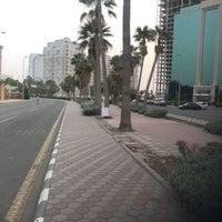 Photo taken at (الممشى (شارع فيصل بن فهد by فلاح ب. on 5/12/2018