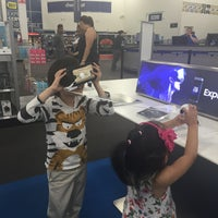 Photo taken at Best Buy by Apple K. on 9/10/2016
