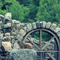 Foto diambil di Olympos Antik Kenti oleh Sinan Can K. pada 7/5/2013