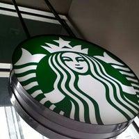 Photo taken at Starbucks by Timur G. on 3/31/2013
