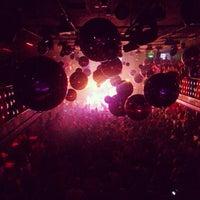 Photo taken at Bubu Lounge Disco by Luiz N. on 5/30/2013