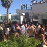 Photo taken at Palms Pool & Dayclub by Erinn T. on 5/26/2013