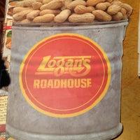 Photo taken at Logan's Roadhouse by Yoly L. on 5/5/2013
