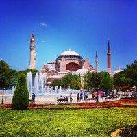 Foto diambil di Sultanahmet Meydanı oleh Kevin C. pada 7/2/2013