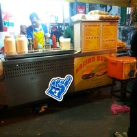 Photo taken at Hassan Burger by Zainal A. on 8/28/2017