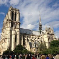 Photo taken at Cathedral of Notre Dame de Paris by Alesya K. on 6/23/2013