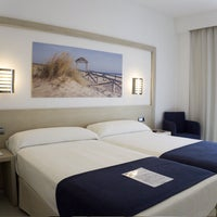 Photo taken at Hotel Spa Cadiz Plaza by Hotel Spa Cadiz Plaza on 11/21/2016