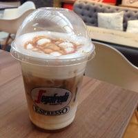 Photo taken at Segafredo Zanetti Espresso by Worarot on 8/31/2016
