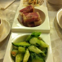 Photo taken at Jiang Shan Hui Chinese Cuisine 江山薈京川滬菜館 by Lor C. on 4/18/2012