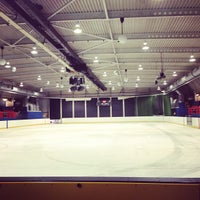 Photo taken at Oxford Ice Rink by Anastasia B. on 7/12/2013
