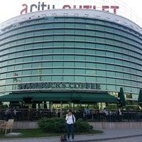 5/24/2013 tarihinde Gokhan O.ziyaretçi tarafından Starbucks'de çekilen fotoğraf
