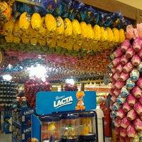 Foto tirada no(a) Supermercado Angeloni por Tuca P. em 3/2/2013
