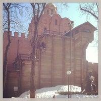 Снимок сделан в Золотые ворота пользователем Наташа Ц. 2/26/2013