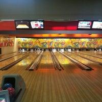 5/28/2013 tarihinde Güney Ç.ziyaretçi tarafından Rolling Ball Bowling'de çekilen fotoğraf