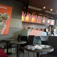 Photo taken at Dunkin Donuts by leetha_ h. on 12/13/2013