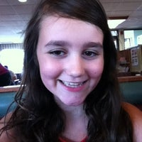 Photo taken at Friendly's by Victoria on 7/27/2012