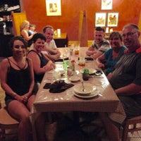 Foto tomada en Annie O's Southern Eats por Walt F. el 8/14/2015