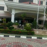 Photo taken at Institut Perakaunan Negara by Suherman H. on 4/18/2014