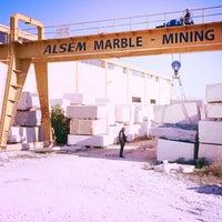 Photo taken at ALSEM MERMER BLOK SAHASİ by Hüseyin O. on 11/4/2014