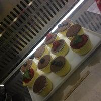 Foto scattata a Made Creative Bakery da antonella il 3/1/2013