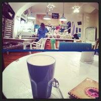 3/13/2013にBüke T.がPure Living Bakeryで撮った写真