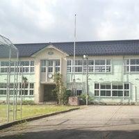 Photo taken at 富山市立樫尾小学校 by ari on 7/18/2013