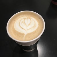 1/4/2018 tarihinde Hayley C.ziyaretçi tarafından For Five Coffee Shop'de çekilen fotoğraf