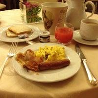 Foto scattata a San Luca Palace Hotel da Mitch L. il 4/17/2014