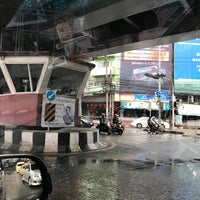 Photo taken at Khlong Tan Intersection by Wichit R. on 11/11/2017