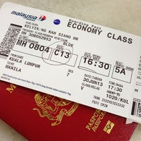 Photo taken at Malaysia Airlines Transfer Counter - Regional @MAS by Vinnc on 6/30/2013