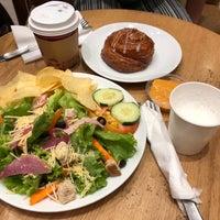 Foto diambil di Seattle's Best Coffee oleh Eric D. pada 4/17/2018
