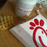 Photo taken at Chick-fil-A by Reu R. on 4/4/2013