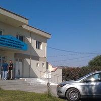 Photo taken at Aliağa Gümrük Müdürlüğü by Taha A. on 9/2/2013