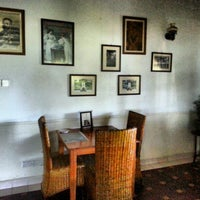 Photo taken at English Tea House & Restaurant by Nat™ on 11/3/2012