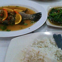 Photo taken at Restoran Perantau Seafood & Western Food by Muhammad.Zulhilmi on 5/3/2013