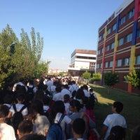 Photo taken at Bahçeşehir Koleji Ortaokulu by Şerafettin A. on 9/23/2013