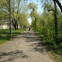 Photo prise au Парк «Зеленый Остров» par Sergey K. le5/16/2013