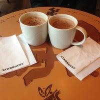 Das Foto wurde bei Starbucks von Meral S. am 5/8/2013 aufgenommen
