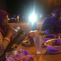 Photo taken at Tasnim Seafood by Hurul A. on 2/28/2017