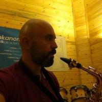 Photo taken at Ankanom Prova Kayıt Studyosu by Arkin Enver A. on 9/14/2014