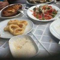 5/19/2013 tarihinde Tanya B.ziyaretçi tarafından Bogaz Balik lokantasi Rumeli kavagi'de çekilen fotoğraf