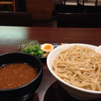 Photo taken at つけ麺らーめんダイニング 春樹 by magcup19 on 3/5/2014