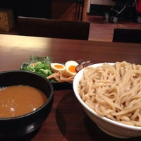 Photo taken at つけ麺らーめんダイニング 春樹 by magcup19 on 5/5/2015