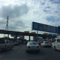 Photo taken at Prachachuen Toll Plaza - Outbound by Prapoj M. on 10/14/2015