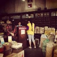 Photo taken at เจ้ากรมเป๋อ ร้านขายยาแผนโบราณ by Mew M. on 2/5/2014