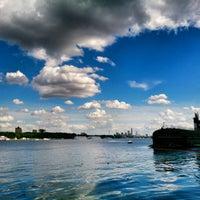 6/12/2013 tarihinde Ангелина П.ziyaretçi tarafından Парк «Северное Тушино»'de çekilen fotoğraf